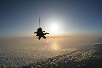skydive_shuttlelaunch