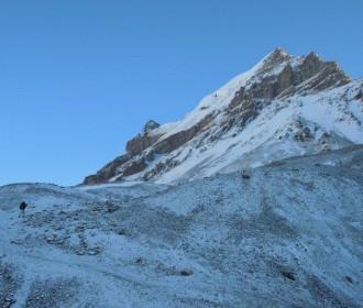 snow-330x440