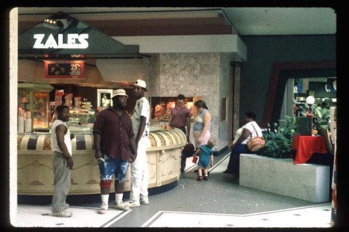 Malls-700-70